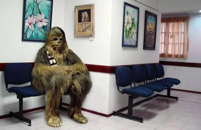 Luego de que el actor tuviera un accidente aéreo en el que él era el piloto, muchos comenzaron a publicar imágenes haciendo referencia a su personaje de Han Solo y su nave, el Halcón Milenario.