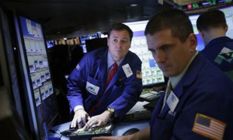 Los mercados celebraron el acuerdo fiscal de última hora de Estados Unidos. (Foto: AP)