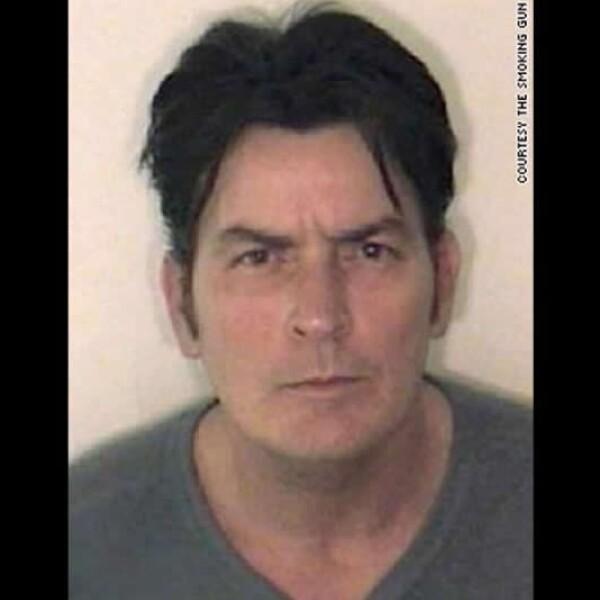 El actor Charlie Sheen no es un extraño al escándalo de Hollywood