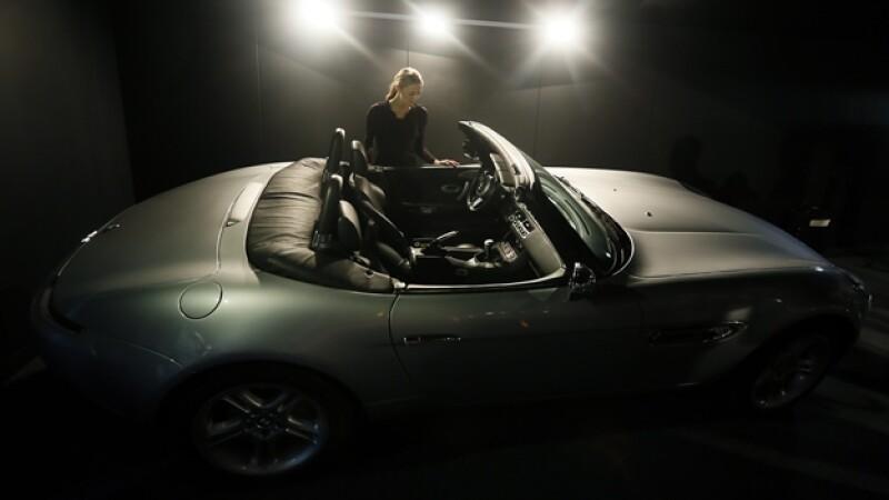 auto de James Bond que será subastado en Londres
