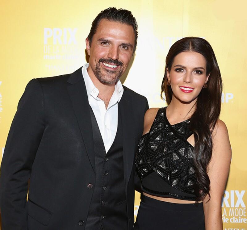 Aunque checó tendencias y diseños en el extranjero, la actriz eligió a la mexicana Alexia Ulibarri para confeccionar el vestido que lucirá en su boda con Billy Rovzar.