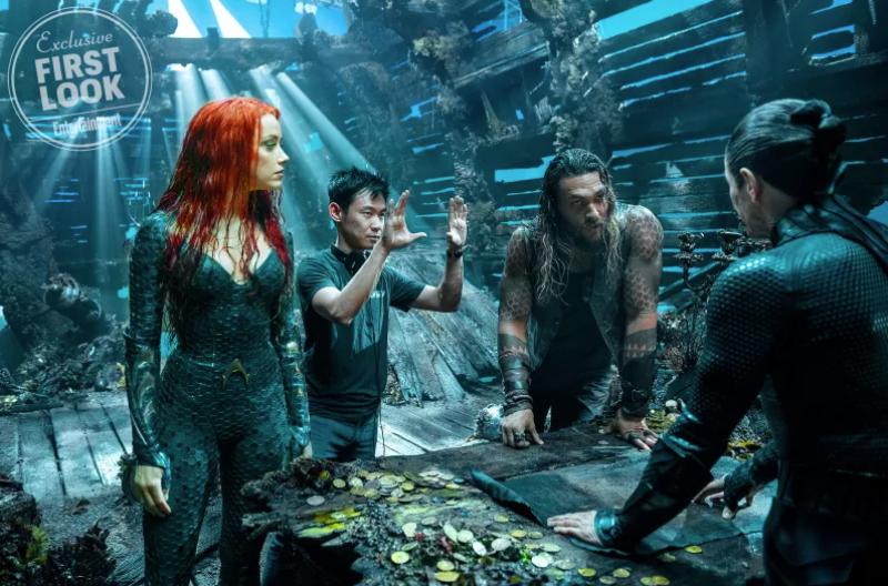 Jason Momoa, Amber Heard y Willem Dafoe con el director, James Wan