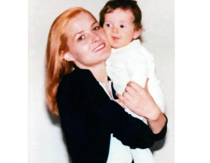 Marcela Basteri con su hijo Alejandro.