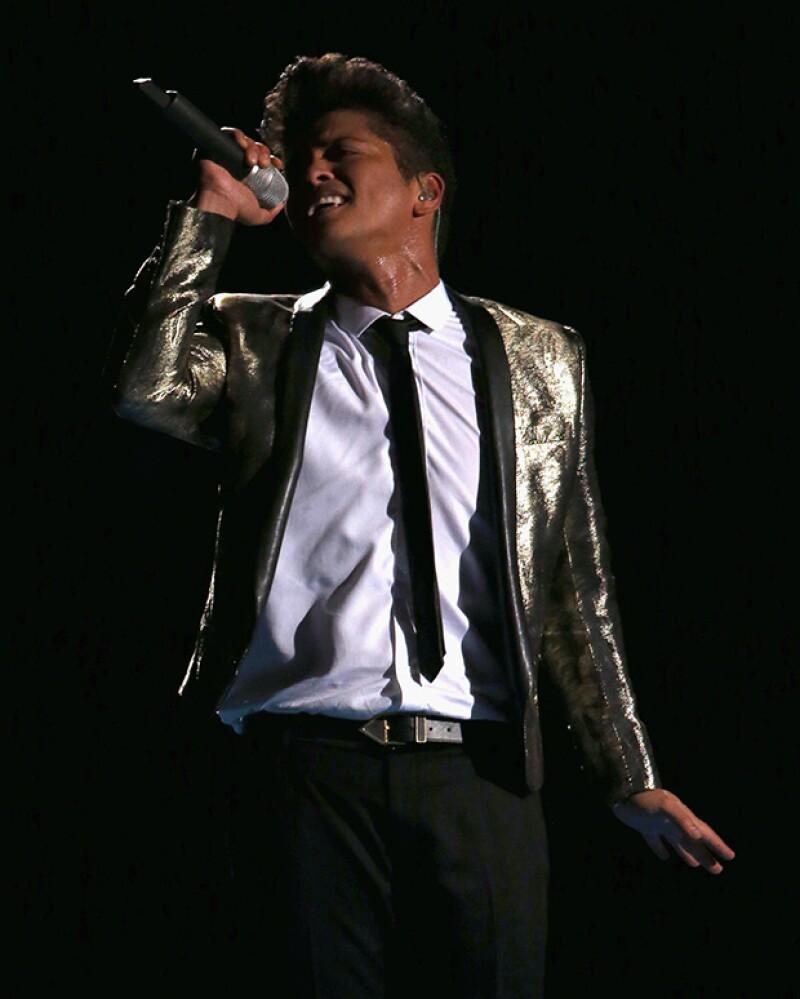 Bruno Mars cobra cerca de 400 mil dólares por una actuación.