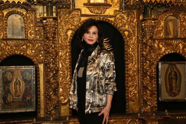 Carmen Beatriz López-Portillo informe y entrega de Presea a Pepita Serrano 4.JPG