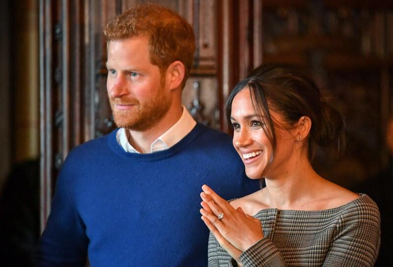 El suéter del Principe Harry que vale 100 dólares