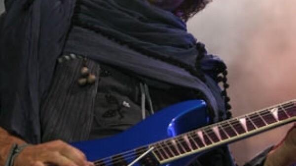 La familia del músico argentino en coma desde 2010 mantiene una actitud optimista sin `alentar falsas expectativas´.