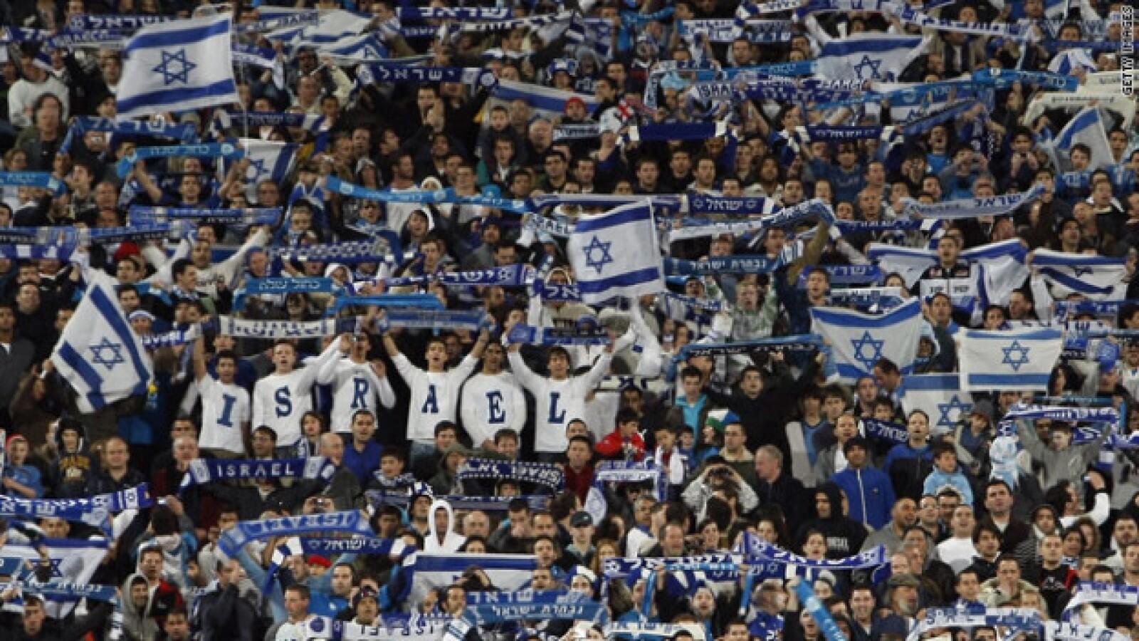 La liga de futbol israelí refleja problemas políticos
