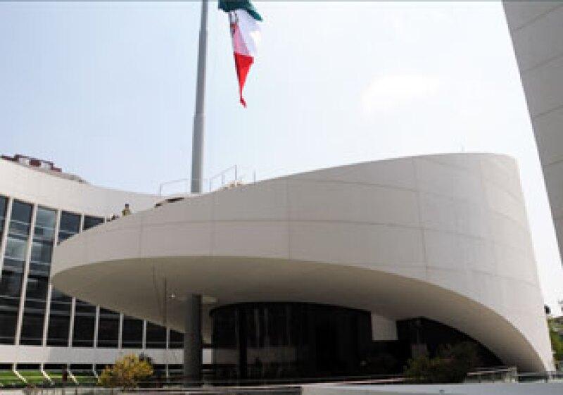 El edificio central es el Pleno y es una interpretación del pico de un águila. (Foto: Brenda Blakely)