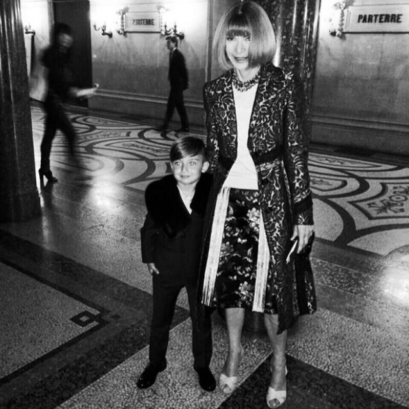 Alonso Mateo con la mismísima Anna Wintour, uno de los nombres más respetados en la moda.