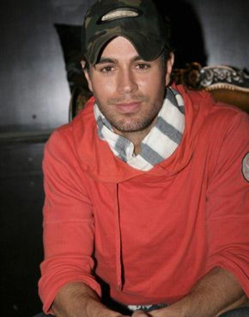 El cantante realizará una serie de presentaciones en ciudades como: Monterrey, Guadalajara, Puebla y el Distrito Federal.