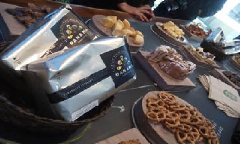 La primera tienda Starbucks Reserve se inauguró este jueves en el centro comercial Arcos Bosques de la Ciudad de México. (Foto: CNNExpansión)