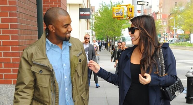 Al parecer una fuente asegura que el novio de Kim Kardashian está muy emocionado con la idea de comprar la mansión de Graceland del fallecido Rey del Rock.