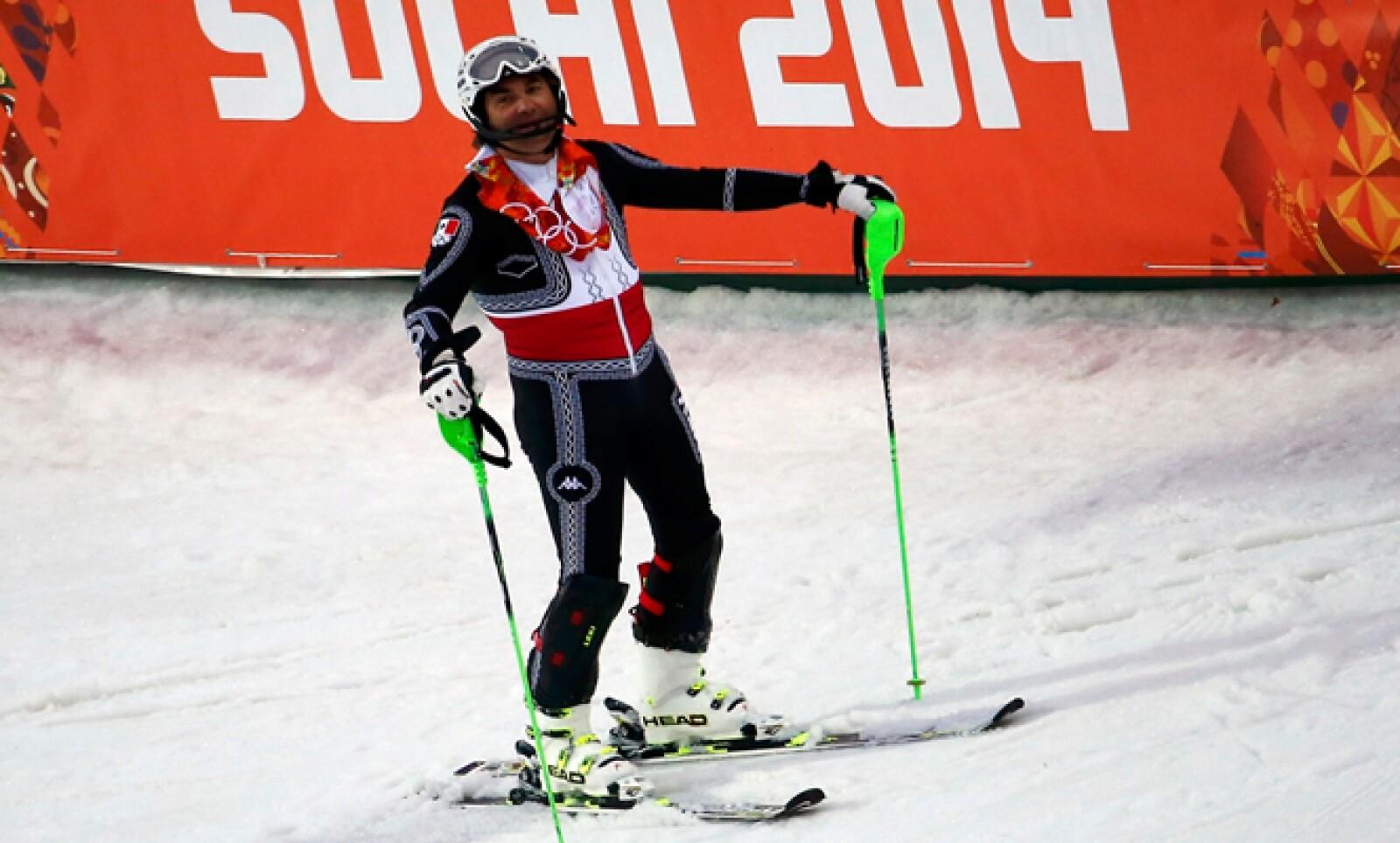 El mexicano fue eliminado de la prueba de esquí alpino slalom debido a que sufrió una caída, informó la Conade.