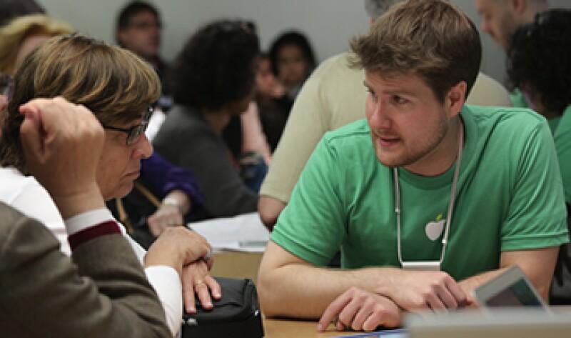 El CEO de Apple, Tim Cook, señaló que han trabajado duro por tener una planilla laboral más diversa. (Foto: Getty Images)