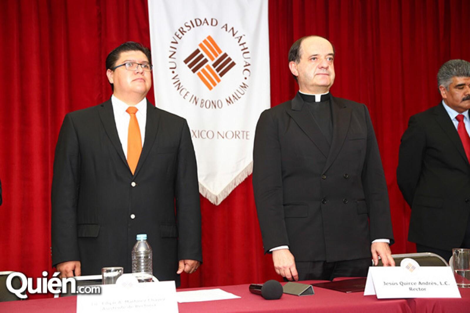 Edgar Martínez Chávez y Padre Jesús Qurice