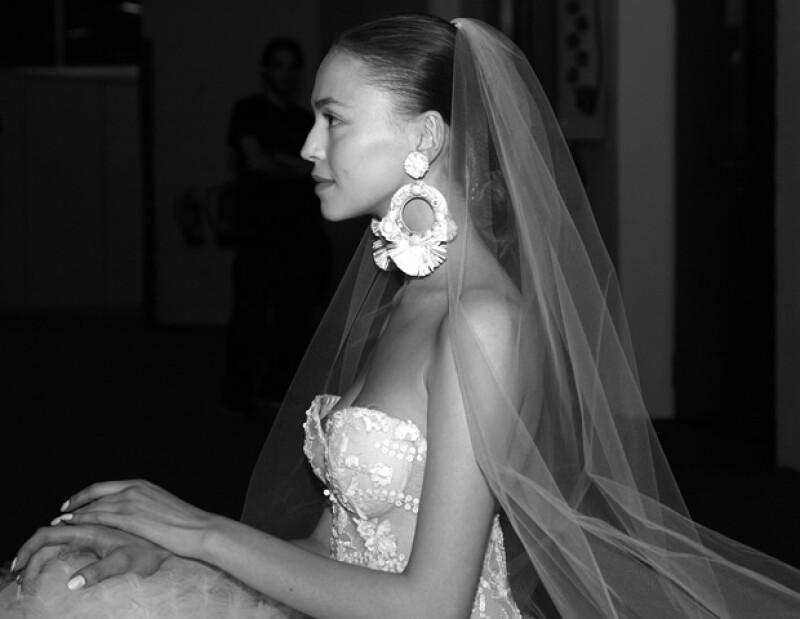 Se casan más grandes y gastan menos, informa el estudio &#39Millennial Brides: Nacer en los 80s, casarse hoy&#39 encargado por Barcelona Bridal Fashion Week. Descúbre a una nueva generación de mujeres.