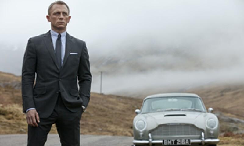 Hoy es interpretado por el actor Daniel Craig, pero fue Sean Connery quien dio vida por primera vez al Agente 007, cuyo primer reloj era un Rolex Submariner. (Foto: AP)