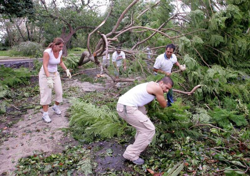 Hasta el momento ni Brad o su fundación, Make It Right, han hablado sobre las casas que iban a construir para ayudar a las personas afectadas por el huracán Katrina.
