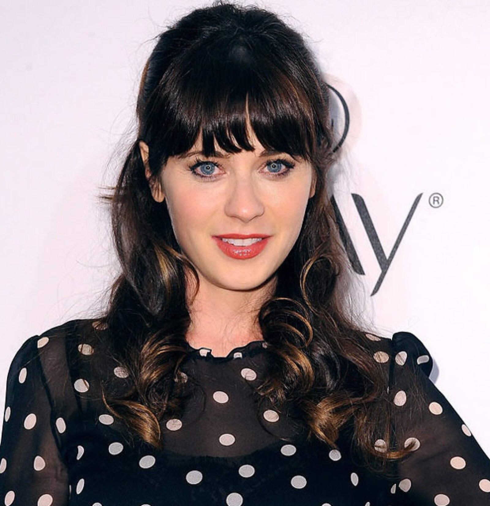 Sin duda la actriz Zoey Deschannel y la cantante Katy Perry podrían ser gemelas.