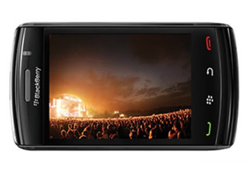 El nuevo BlackBerry Slider 9800 busca reanimar el crecimiento de RIM en el segmento de teléfonos inteligentes. (Foto: Cortesía Fortune)