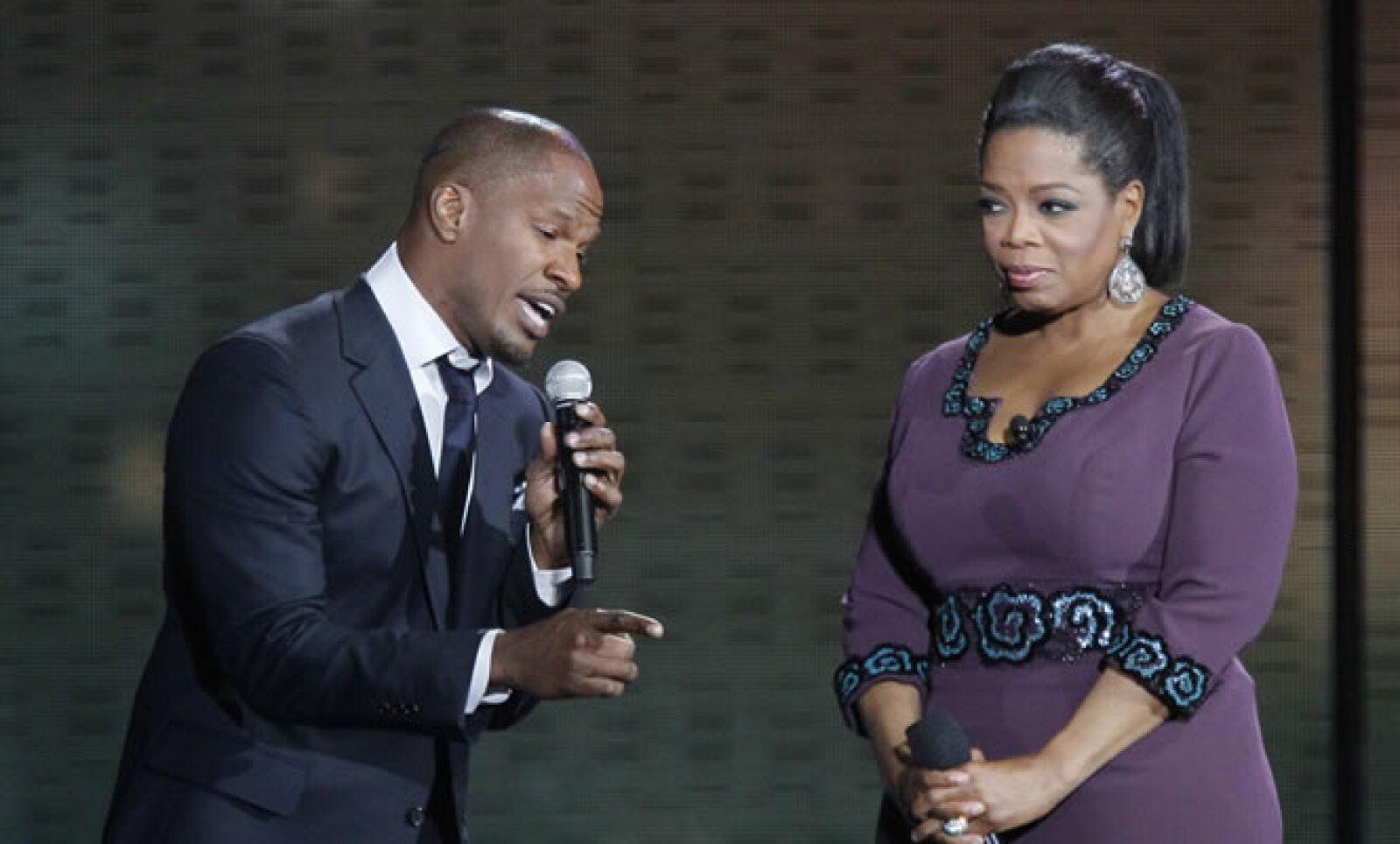 El actor y cantante Jamie Foxx también estuvo presente en el último show de Oprah. Tiene cuatro discos, ha participado en más de 15 películas y su más reciente cinta fue Río.
