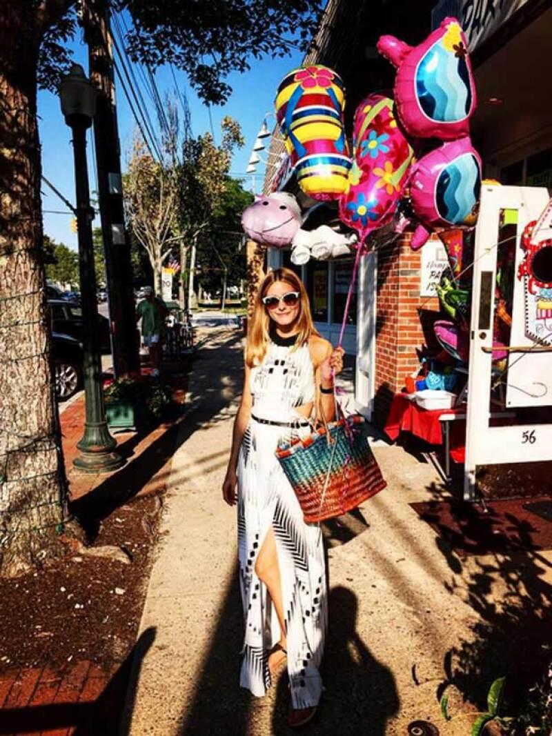 Con estas apps podrás realizar las imágenes más chic en tus redes sociales, como lo hace Olivia Palermo.