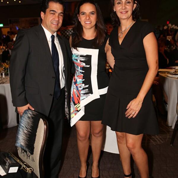 Javier Palera,María José Laris y Liliana Laris