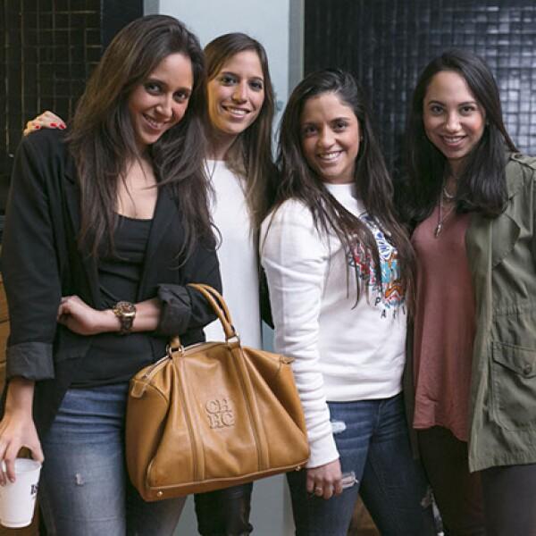 Paola Sotres,Adriana Sotres,María Rivero y Carolina Caro