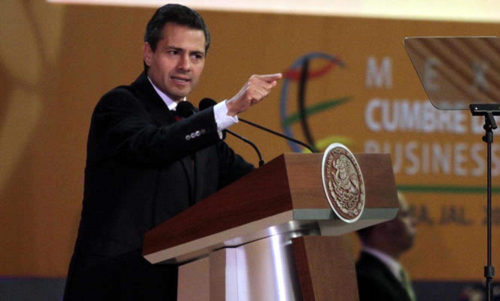 Peña Nieto admitió que las menores perspectivas del País se deben al aprendizaje de su Gobierno y a un entorno mundial débil.