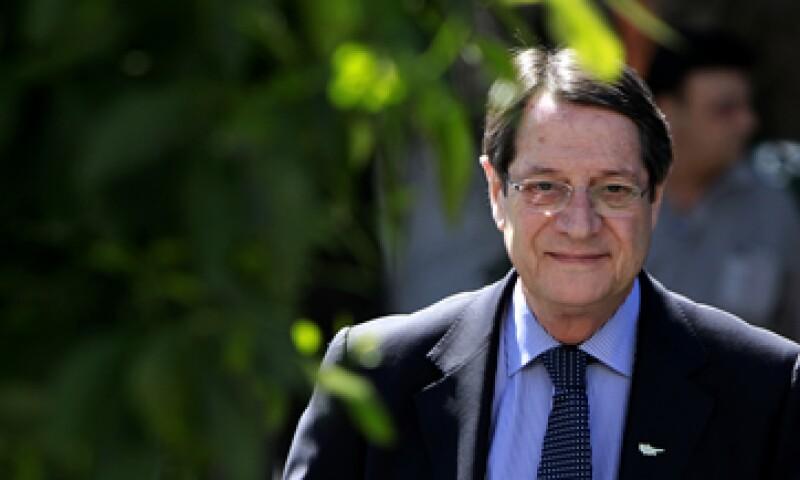 El presidente chipriota trata de concretar un acuerdo con Europa para recibir ayuda financiera. (Foto: AP)