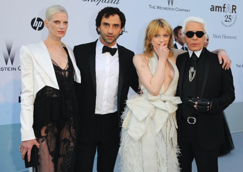 Courtney Love, Karl Lagerfeld, Kristen McMenamy, Riccardo Tisc