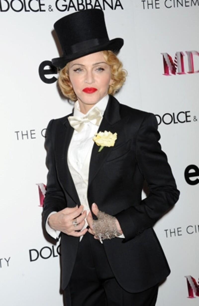 La Reina del Pop generó 125 millones de dólares de junio de 2012 a mayo de 2013. Quien quedó en segundo lugar fue Lady Gaga con 80 millones.