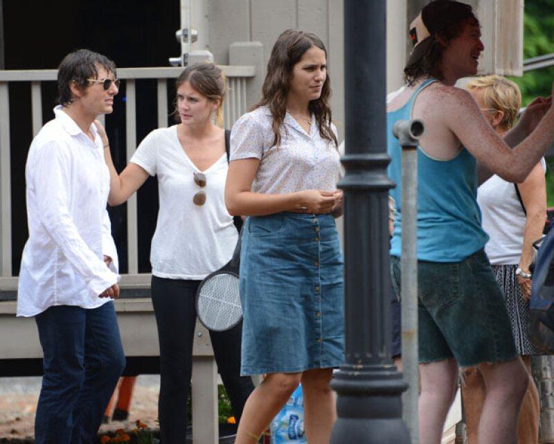 Según una fuente, Tom y Emily se han vuelto inseparables desde que comenzaron a trabajar juntos el año pasado.