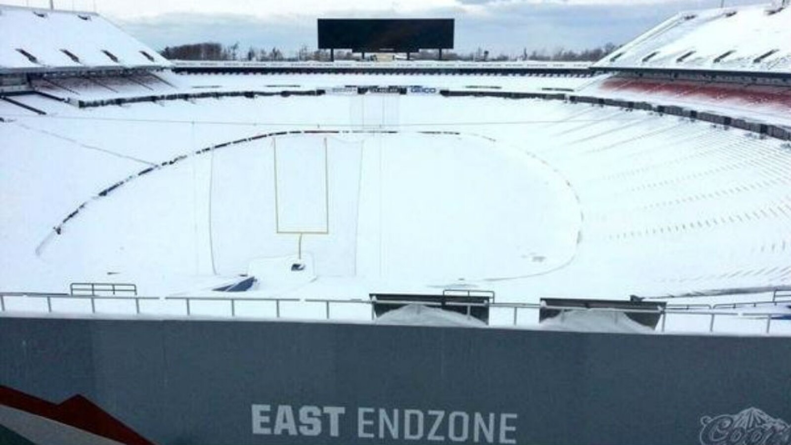 Estadio de Buffalo Bills bajo la nieve