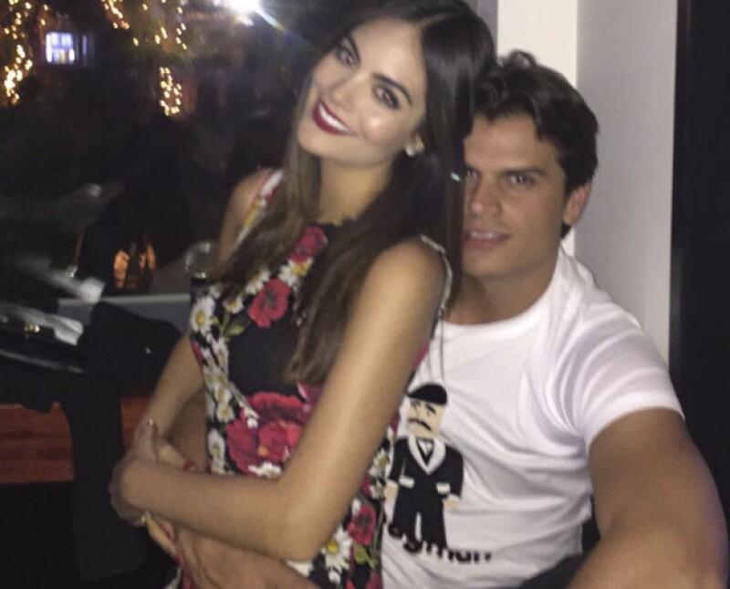 Ximena Navarrete y el empresario Juan Carlos Valladares están comprometidos y lucen más enamorados que nunca.