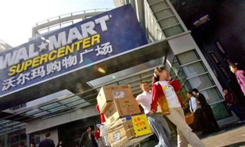Walmart enfrenta competencia de la británica Tesco y la alemana Metro AG. (Foto: AP)