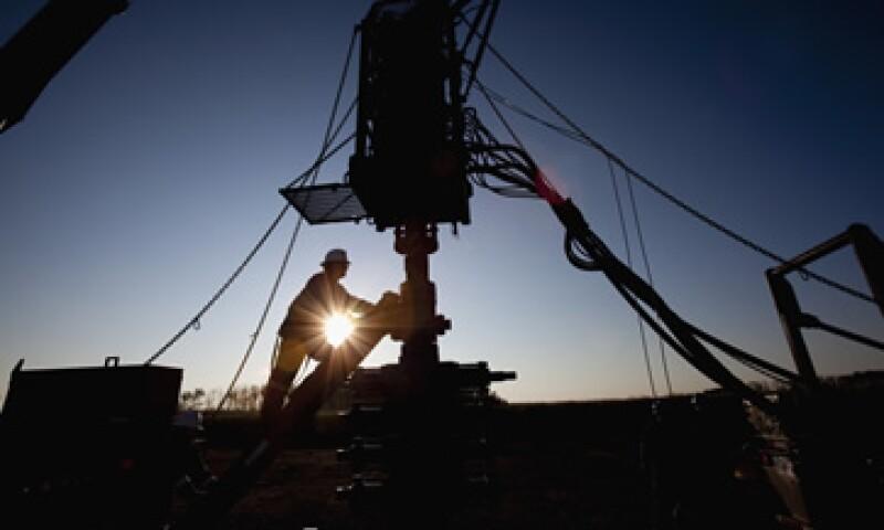 El Gobierno federal prevé cerrar el año con 2.6 millones de barriles diarios de producción. (Foto: Photos to go)