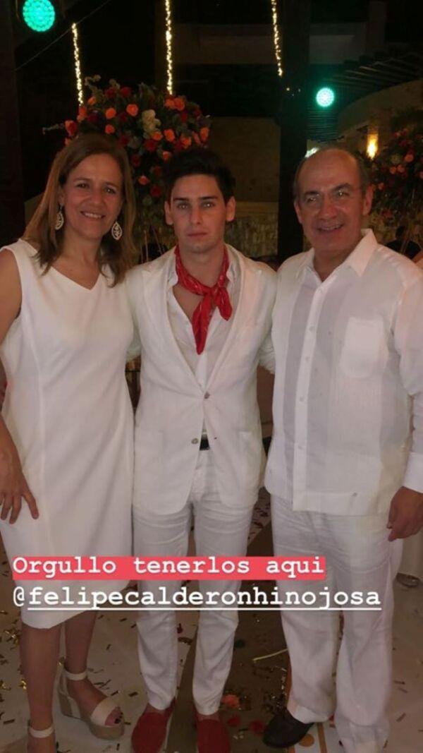 Felipe Calderón en bodas de oro de papás de Mouriño 1.jpg