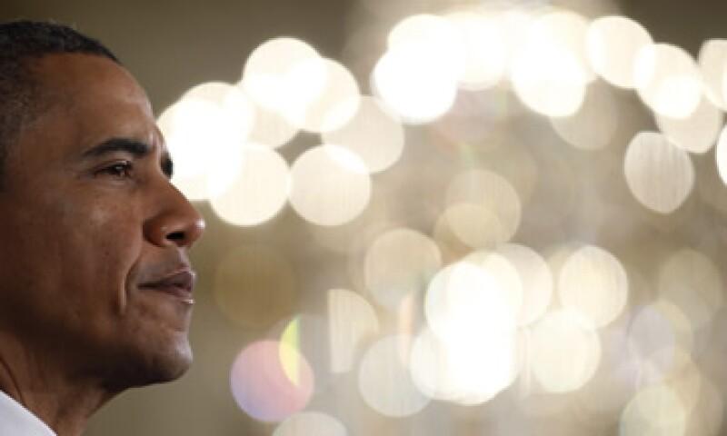 Obama dijo que el proyecto de gastos directos y reducción de impuestos que envió al Congreso haría que decenas de miles de docentes regresen a sus puestos de trabajo. (Foto: Reuters)
