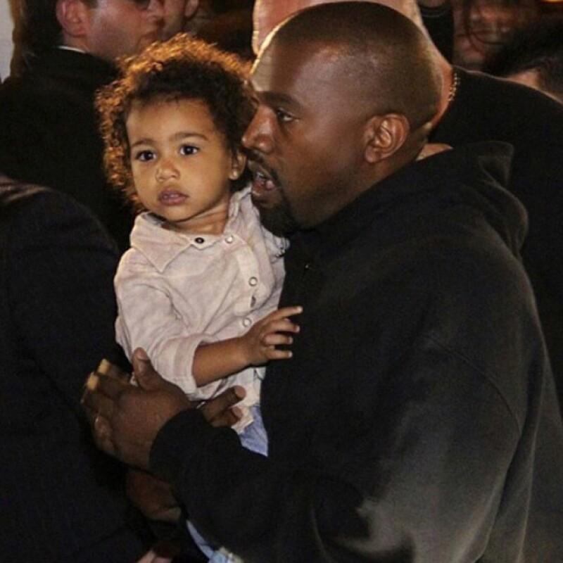 North y Kanye acompañaron a Kim a su visita por el país asiático, mismo que ella dijo lo dedicó a conocer más sobre sus ancestros.