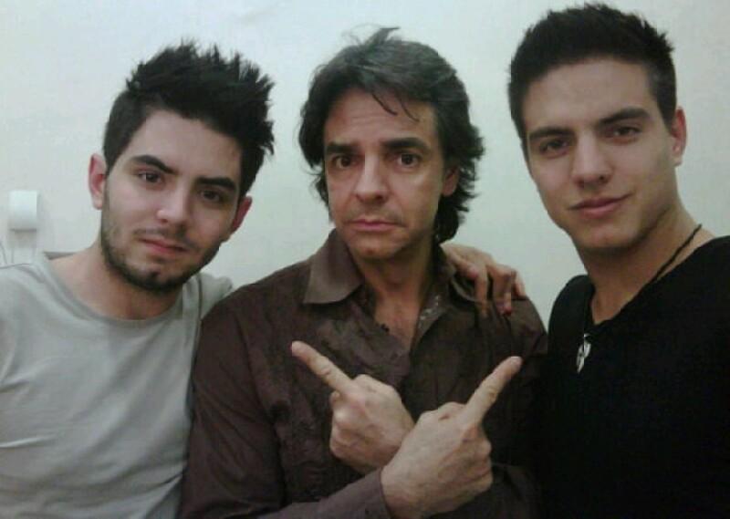 El comediante mexicano platicó que ha tenido que meter en cintura a Vadhir y José Eduardo pero que todo ha sido con mucho amor.