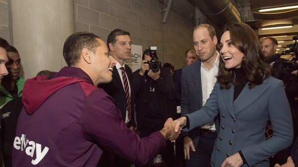 """Chicharito"" Hernández y Kate Middleton"