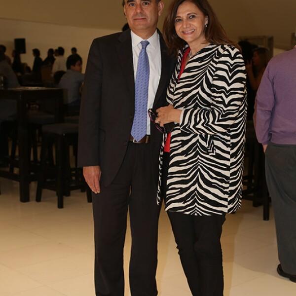 Julio Díaz y Mónica Miranda