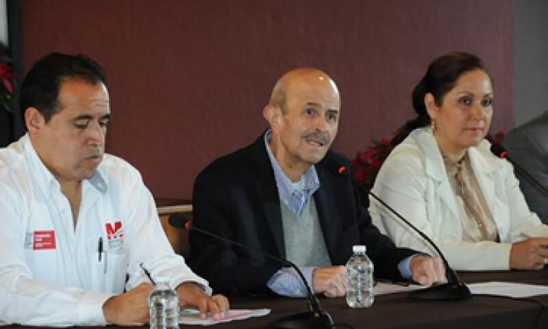 Para 2014, la entidad gobernada por Vallejo –centro- prevé un presupuesto de 57,993 mdp. (Foto: Cortesía Gobierno de Michoacán)