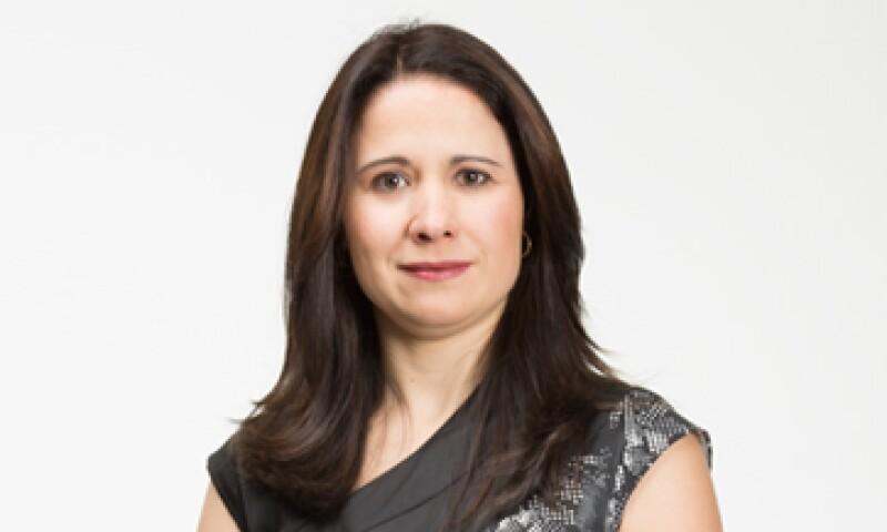 """""""Tener experiencia en otras áreas de la empresa me ayuda a entender diferentes opiniones"""", dice Lourdes Treviño, una de las 30 promesas en los 30 de la edición 2013 de la revista Expansión. (Foto: Dayan Jiménez/ Jorge Garaiz)"""