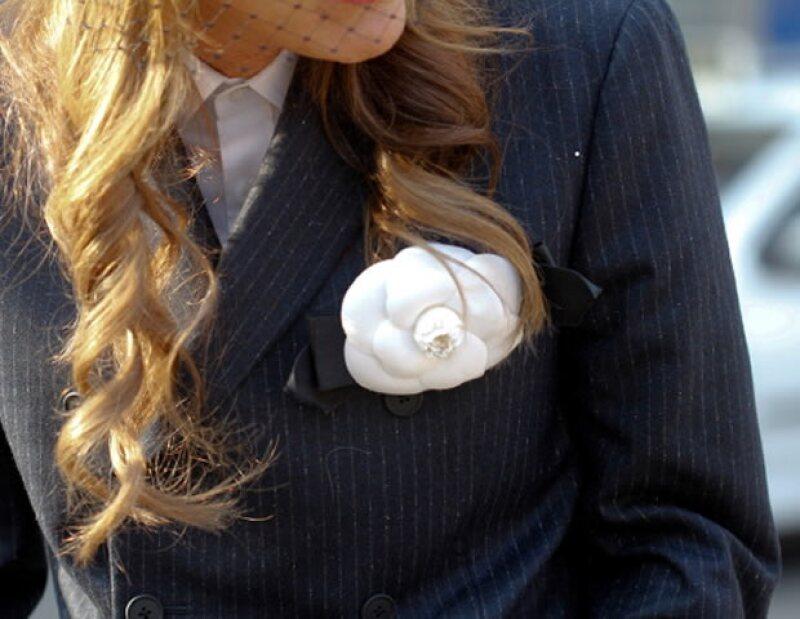 La caracterítica camelia de Chanel