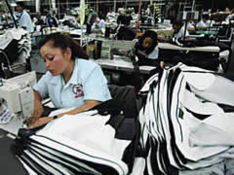La mano de obra barata mexicana ha hecho que la industria extranjera comience a mirar más hacia el país. (Foto: Adán Gutiérrez)