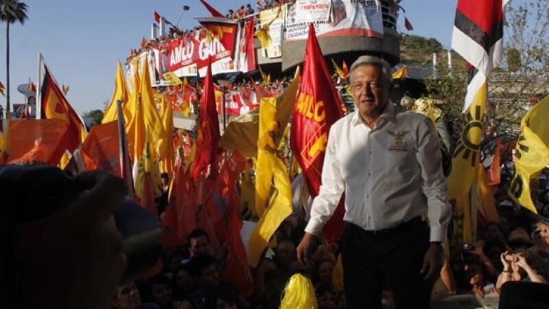 Lopez Obrador hace campaña en Sonora