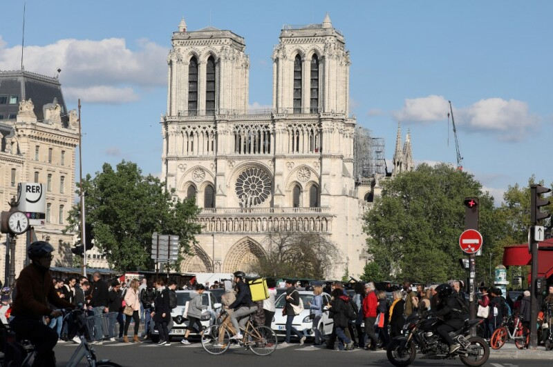 Notre Dame - Incendio - Francia - París